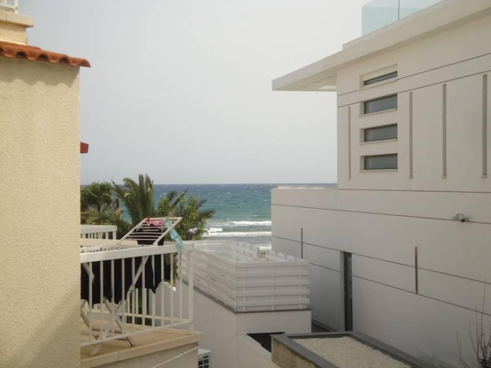 Апартаменты Long beach