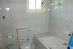 Philippou villas SSV 14 main bathroom