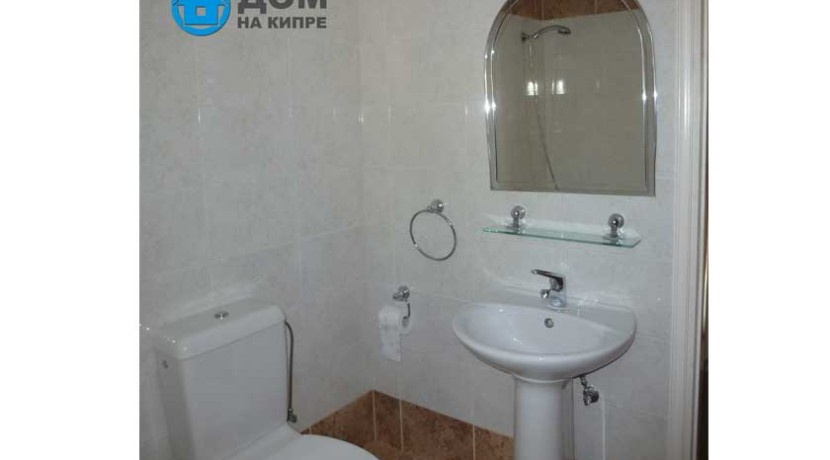 Bathroom-&-Toiled-on-1-floor-photo-1