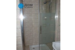 Ground-en-suite-shower