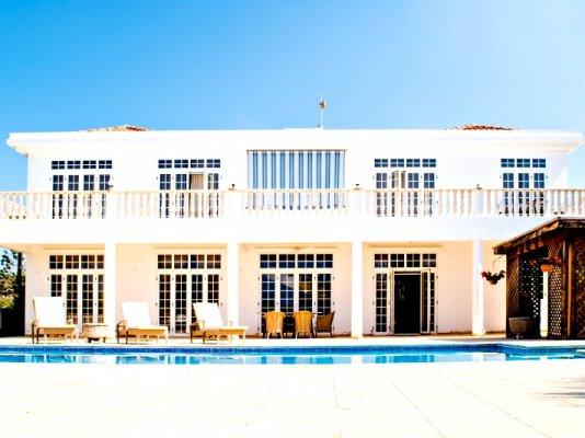 luxury-5-bedroom-villa-with-a-pool_full_2