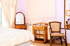 luxury-5-bedroom-villa-with-a-pool_full_26