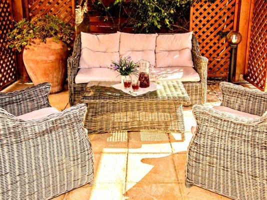 luxury-5-bedroom-villa-with-a-pool_full_30